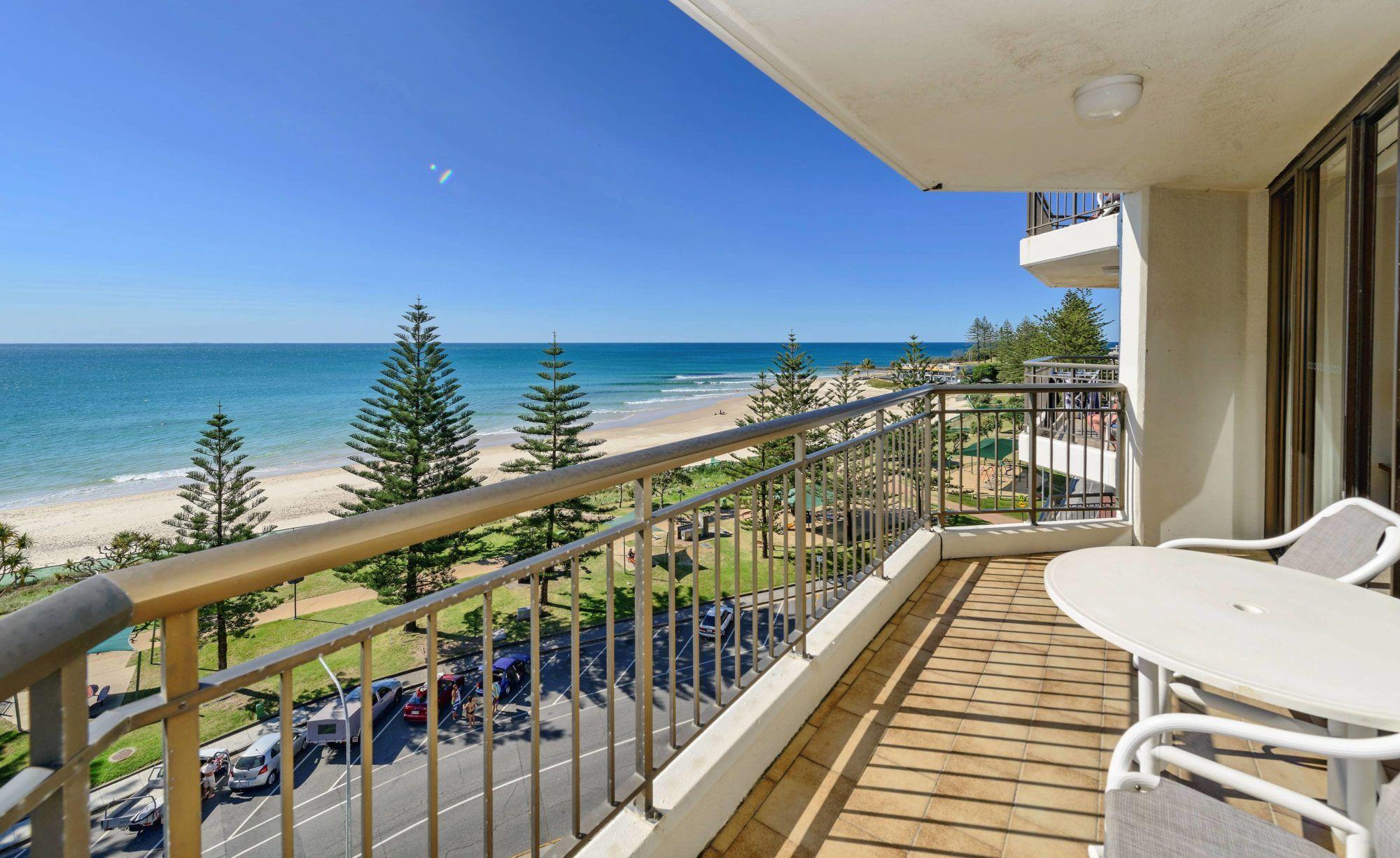 Beachfront Accommodation Gold Coast | Bayview Apartments